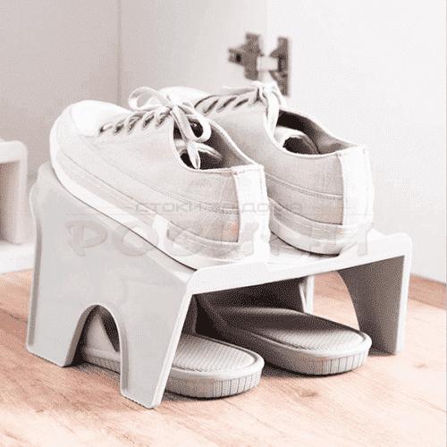 Поставка за два чифта обувки