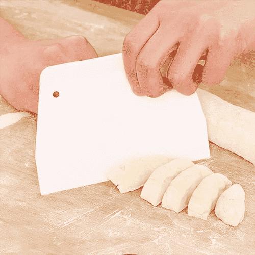 Сладкарска,готварска шпатула за рязане и заглаждане 2бр.