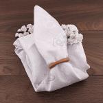Бяла покривка за кръгла маса БЛЯСЪК 59см.