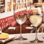 Комплект чаши на столче за вино Enoteca