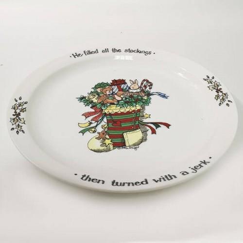 Коледна,порцеланова чиния