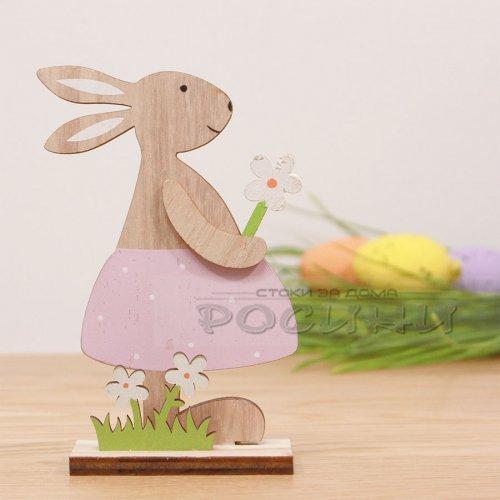 Великденски заек момиче с цвете 24 см.
