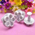 Комплект Голямо цвете резци с бутало 3 бр. за фондан и тесто
