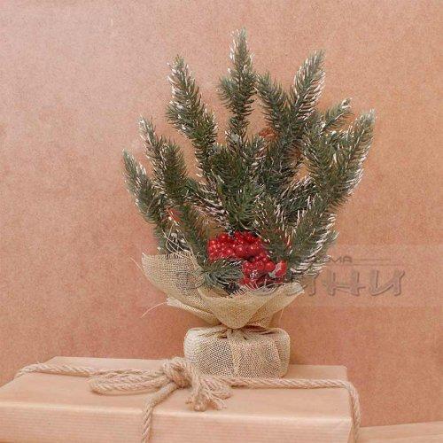 Коледно дръвче с грозд и поставка