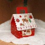 Коледна подаръчна кутия къщичка 12 см.